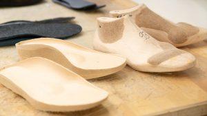 Schuh Tasch, Orthopädie-Schuhtechnik, Werkstatt, Modelle aus Holz